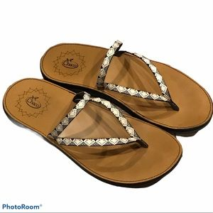Chaco Sandals Flip Flop Peaks Bow Thong Casual EUC